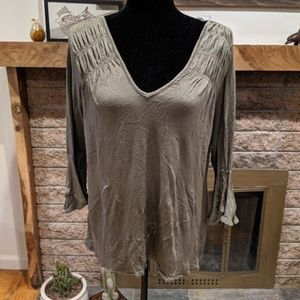 Green American Rag top, cute details, size S